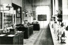 Institut d'Hygiene et de bacteriologie - Labo (N 75)